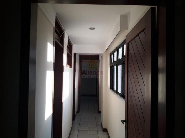 Apartamento para alugar com 3 dormitórios em Lagoa nova, Natal cod:LA-11235 - Foto 10