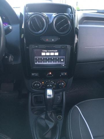 Renault Duster Oroch Aut Oportunidade Trocamos e financiamos - Foto 8