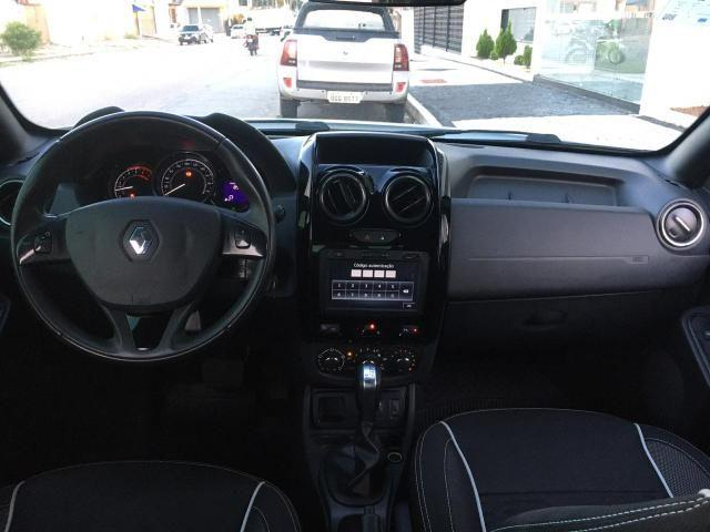 Renault Duster Oroch Aut Oportunidade Trocamos e financiamos - Foto 6