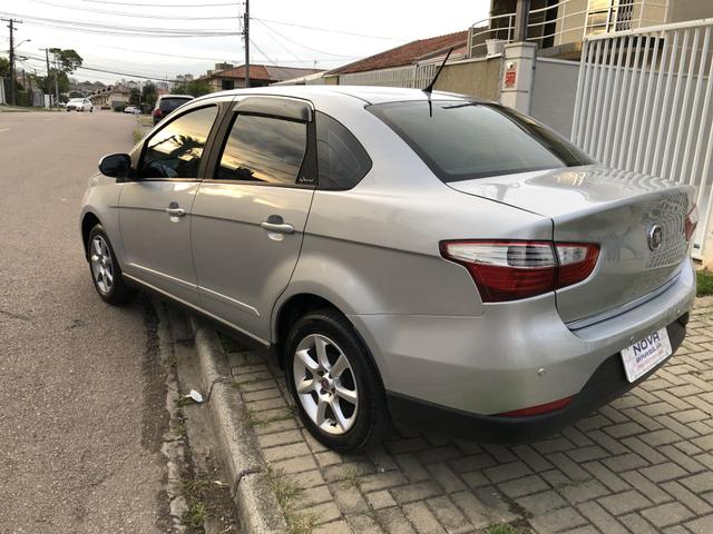 Fiat Grand Siena 1.4 Attrative completa - Foto 4