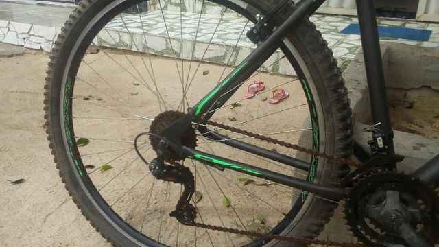 Bicicleta de marcha aro 29 - Foto 2