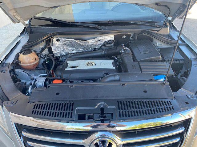 VW Tiguan 2.0 TSI 2011 top de linha com rodas 18, teto solar e interior caramelo - Foto 14