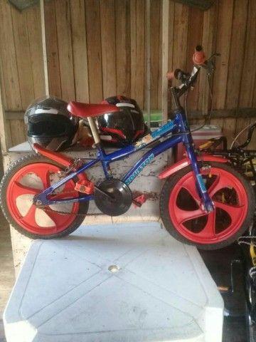 Vendo está bicicleta infantil 200 - Foto 2
