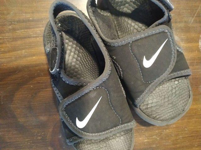 Sandália Nike 25/26