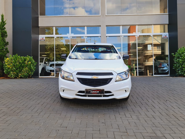 GM - CHEVROLET ONIX HATCH Joy 1.0 8V Flex 5p Mec. - Foto 2