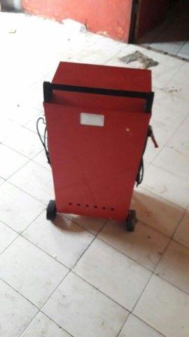 Carregador de bateria *CARRO MOTO CAMINHÃO BARCO* - Foto 3
