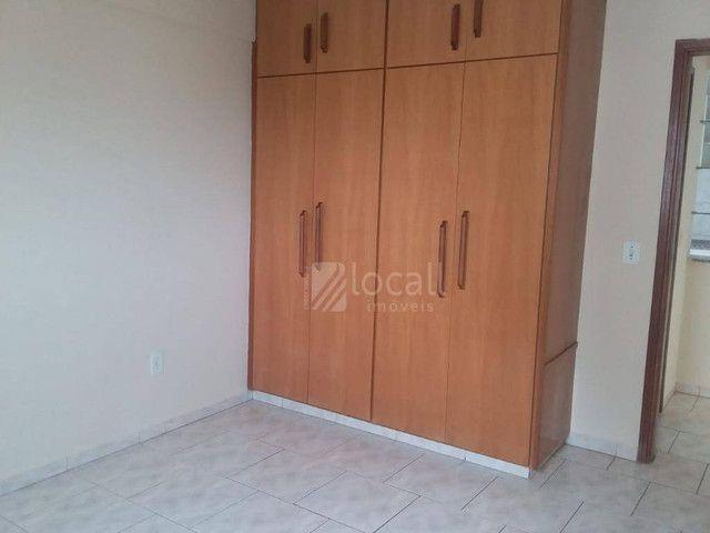 Apartamento com 1 dormitório para alugar, 70 m² por R$ 1.000,00/mês - Jardim Panorama - Sã
