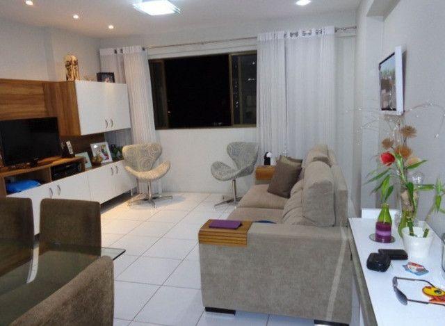 Belíssimo apartamento na Encruzilhada