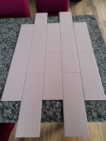 Revestimento linear Rose 10x30 da eliane (Rosa bem suave) sem brilho tenho 6.12 m2  - Foto 2