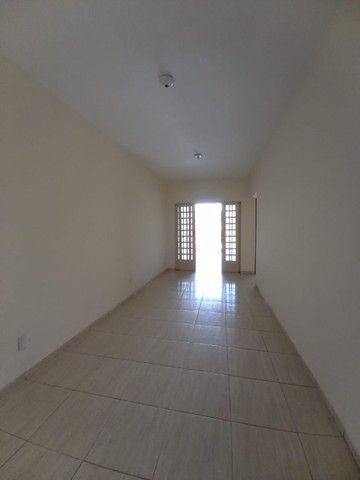 Casa de 130 metros quadrados no bairro Setor dos Bandeirantes com 3 quartos - Foto 6