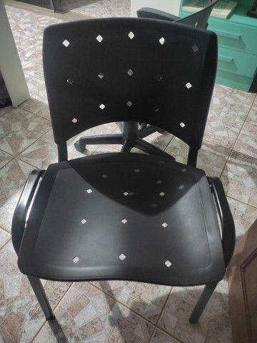 Cadeiras para Venda - Foto 5