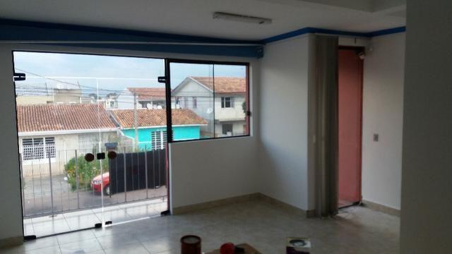 Casa com 2 quartos no Bairro Novo A (Telefone: 41 997094158)