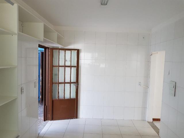 Itapuã Salvador Casa de 4/4 com 2 andares, rua sem saída - Foto 14