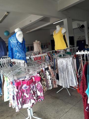 3ce0dae1a Vende se uma loja de roupas masculinas femininas e infantil - Outros ...