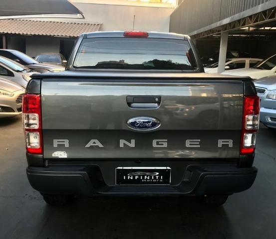 Ford Ranger XLS 2.2 - Foto 10