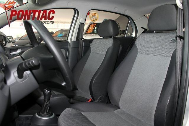 Volkswagen Novo Voyage 1.6 City 2013 - Foto 8