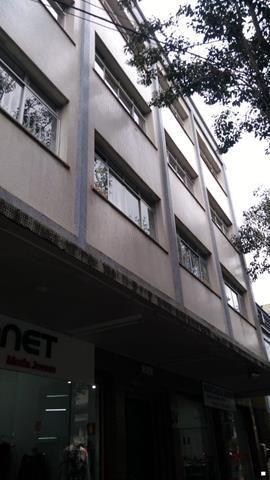 Apartamento para alugar com 3 dormitórios em , cod:I-023317