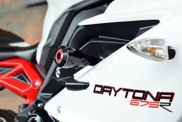 Triumph Daytona 675R - Foto 8