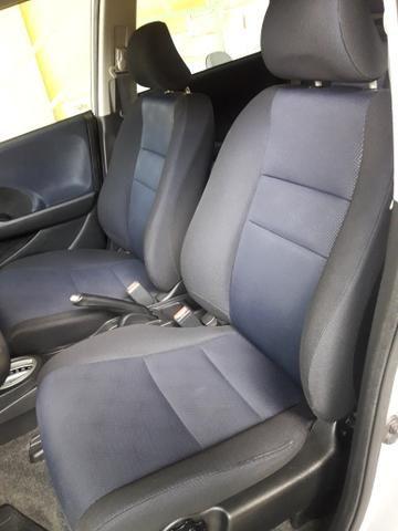 Honda fit 1.5 aut IPVA 2020 pago 2013!!8mil!! - Foto 6
