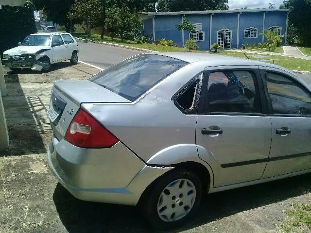 Fiesta sedan 1.6 - Foto 5