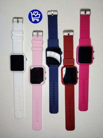 Relógio Led Multicolor (entrega em domicílio) - Foto 2