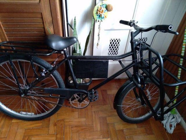 Vendo minha bike cargueira novinha .
