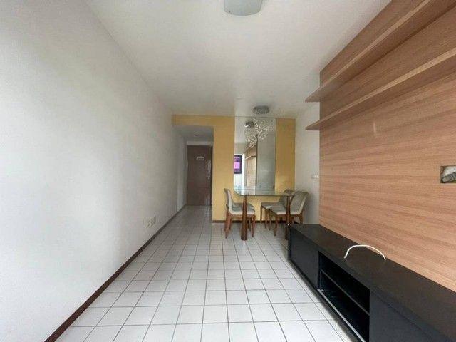 Apartamento para venda possui 65 metros quadrados com 2 quartos em Ponta Verde - Maceió -  - Foto 2
