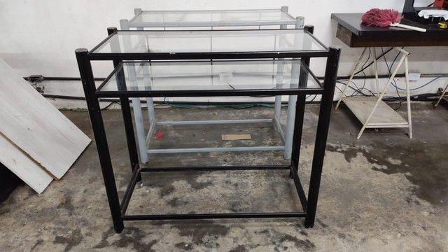 Balcão para loja ferro com tampo de vidro