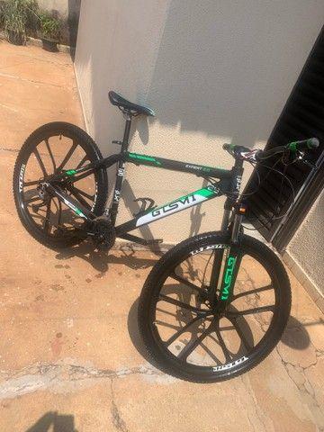 Bicicleta aro 29 grupo shimano - Foto 4