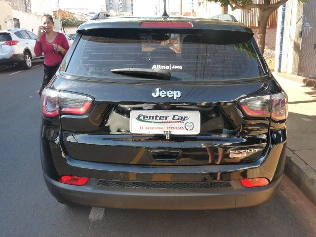 Jeep / Compass 2.0 Sport Flex Completa Automática  - Foto 2