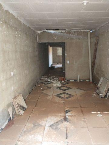 Casa com cisterna 95% concluída - Foto 4