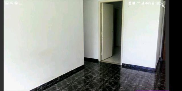 2/4 suite, varanda , Amaralina