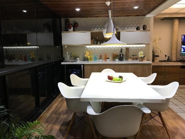 Belíssimo Apartamento no condomínio Galdina Barbosa em Capim Macio com 3 suítes
