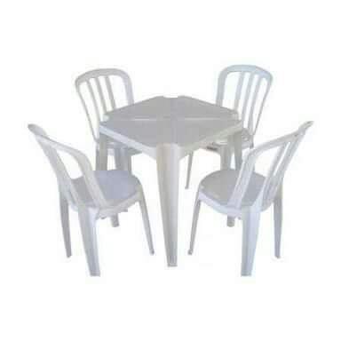 Cadeira de Plastico Bistro