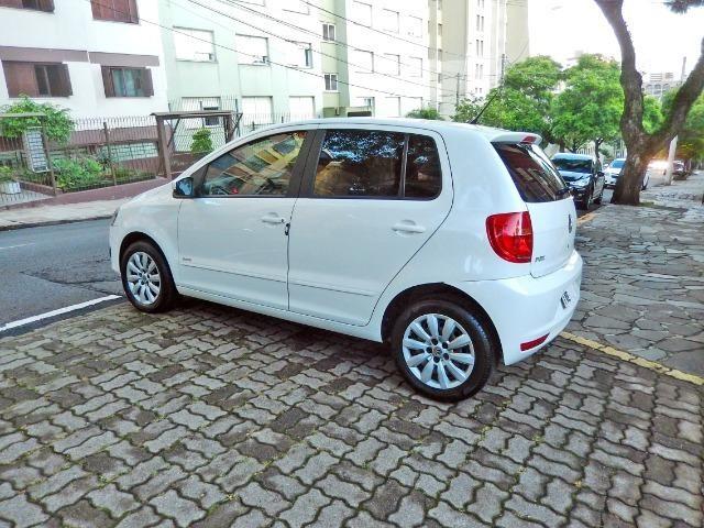 Vw - Volkswagen Fox 1.0 Trend Completo Apenas 40 mil km - Foto 3