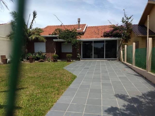 Bela casa em Nova Tramandai 4 quadras da praia (200 metros da beira mar) - Foto 2