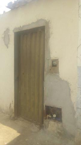 Aluguel de Barracão 3 cômodos, incluso água energia no valor do aluguel, para uma pessoa - Foto 2
