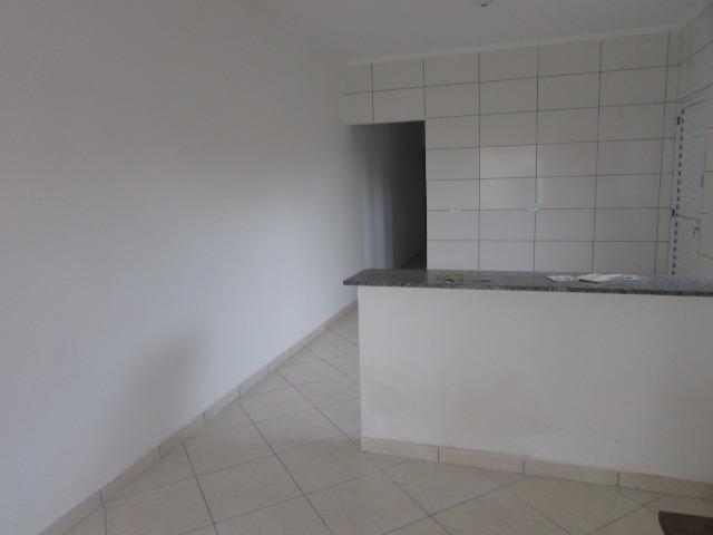 681 - Casa com financiamento direto 80 m² , á 500 metros da praia , Bairro Tupy - Foto 7
