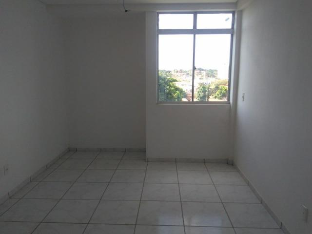 Apartamento novo, 03 suítes, 84 m² na zona leste, aceita troca ou financiamento! - Foto 6
