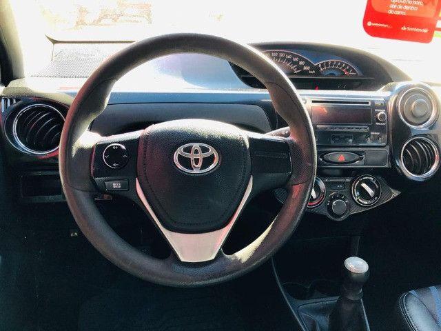 Toyota - Etios Sedan 1.5 XS Completo - Foto 3