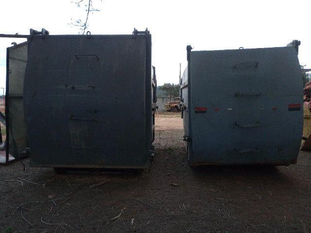 Duas Caçambas compactadoras de lixo - Foto 3