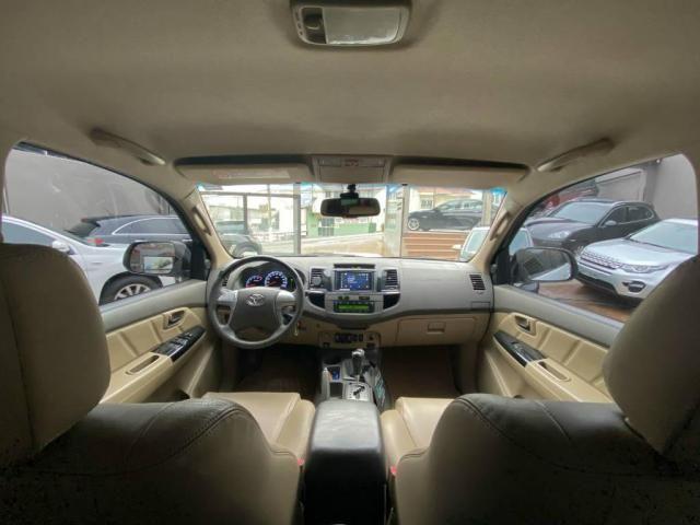 Toyota Hilux SW4 SW4 3.0 SRV 4X4 CD 7 LUGARES 16V TURBO INTERCOOLER 4P AUTOMÁTICO - Foto 7
