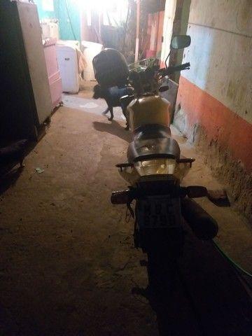 Casa Alto e baixo e uma moto sbx250 twiste 50000mil - Foto 5