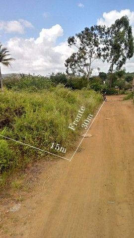 Terreno medindo 30x15 terreno plano.450 mts quadrados..