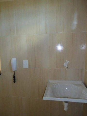 Apartamento com 02 (dois) dormitórios para alugar, 50 m² por R$ 650/mês . - Foto 16