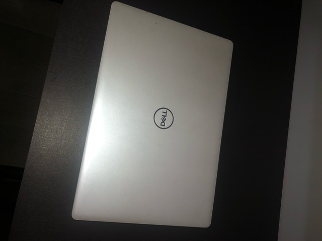 Notebook Dell inspiron i15-3583