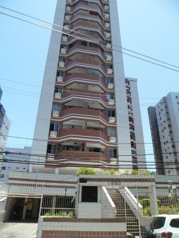 Apartamento 02 quartos em Boa Viagem, Recife/PE.