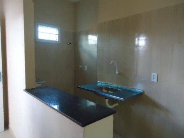 Apartamento com 02 (dois) dormitórios para alugar, 50 m² por R$ 650/mês . - Foto 15
