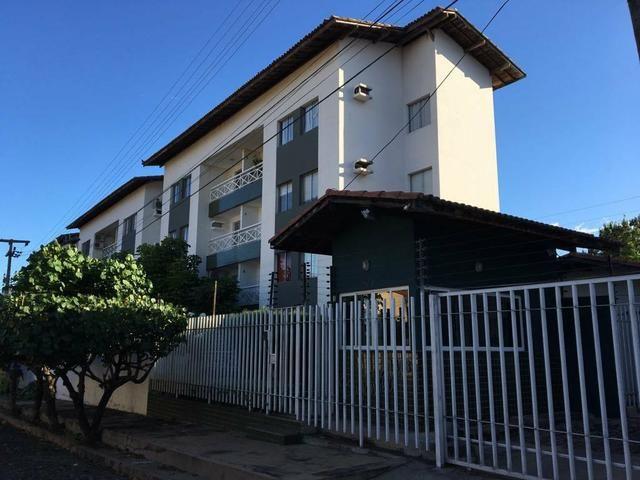 Apartamento Condomínio Buganvília