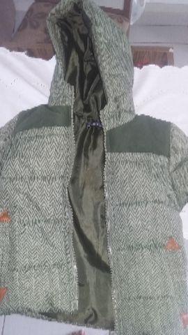 Jaqueta infantil tamanho 2 nunca usada